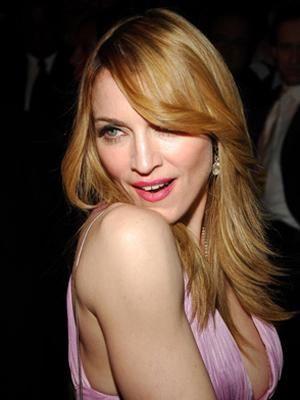 Madonna'nın sırrı ise cilde de çok iyi geldiğini söylediği 1 salkım yeşil üzüm.